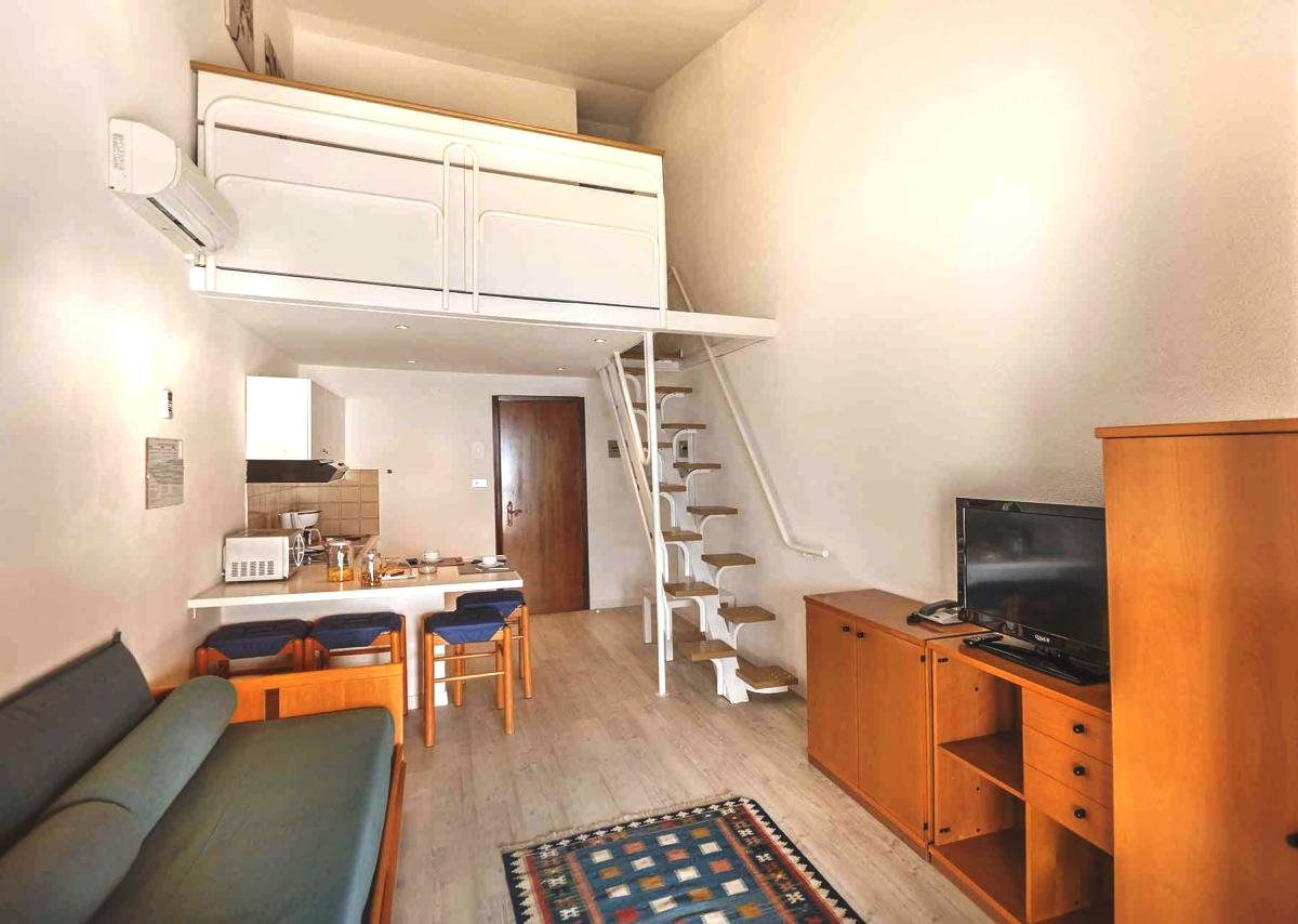 фото комнат в коммунальной квартире двухъярусные тогда взглянул