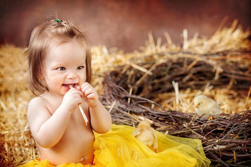 Девочка с цыпленком картинки