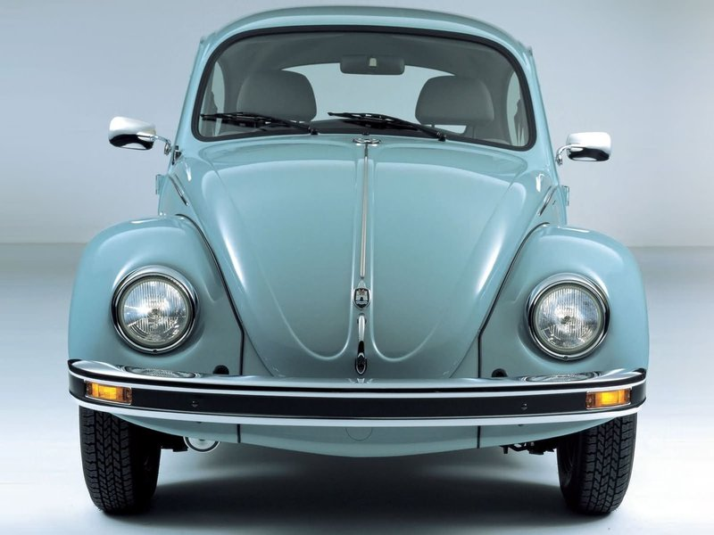 Ретро-автомобиль Volkswagen  Beetle  1985 - 2003, вид под спереди