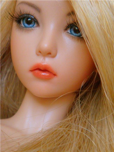 Картинки с куклами с голубыми глазами