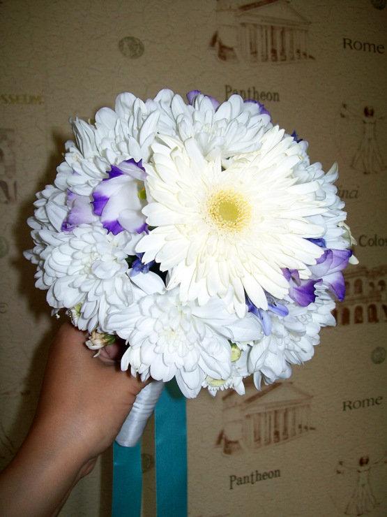 Букет, букет невесты с добавлением хризантем и герберы