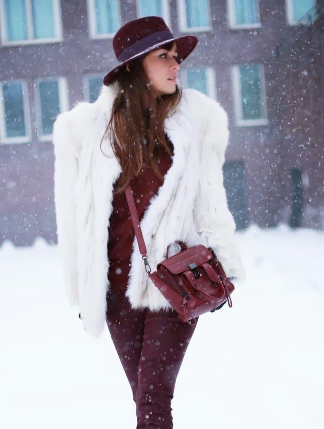 Надулась, картинки дама в шляпе зимой