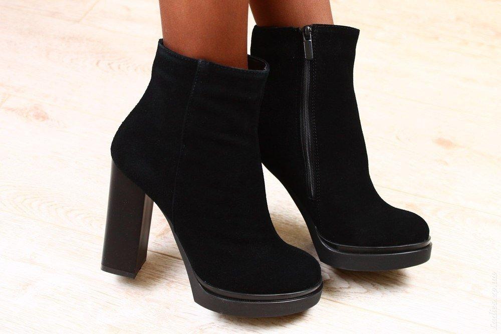 оговорюсь, зимние ботинки женские фото на каблуке вас получается