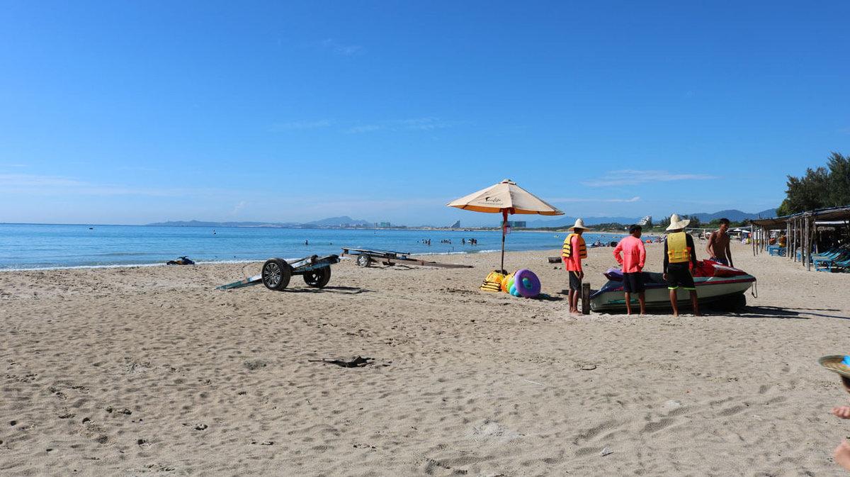 пляж бай зай нячанг фото трех часов