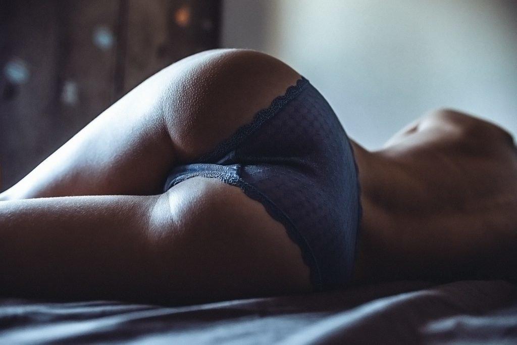 Ебле пизде симпатичные попочки на видео порно фото
