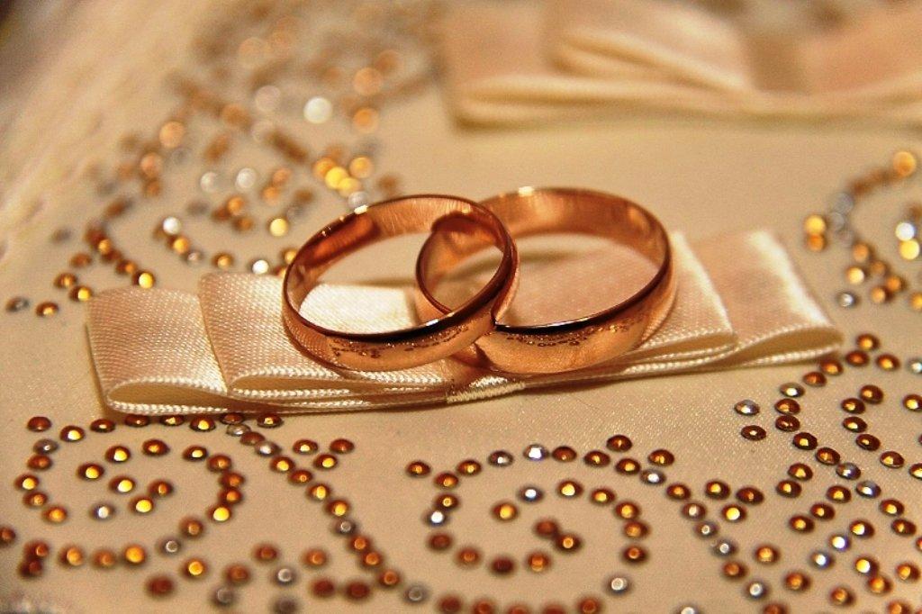 Картинки свадебных обручальных колец