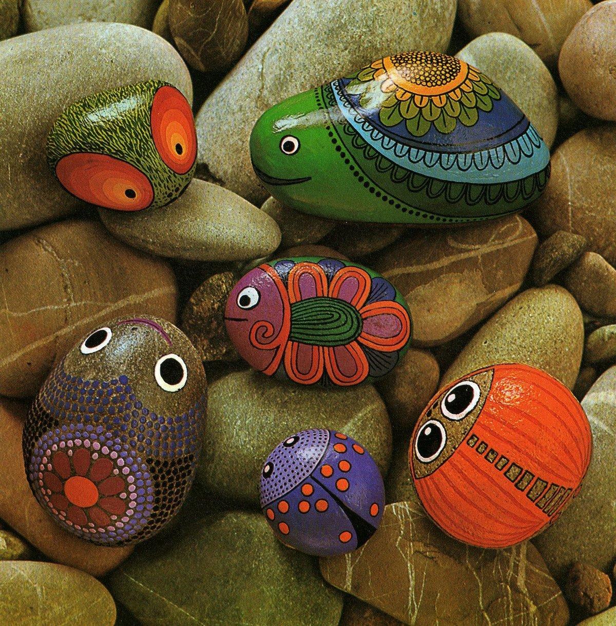 рисунки на камнях своими руками фото черешне