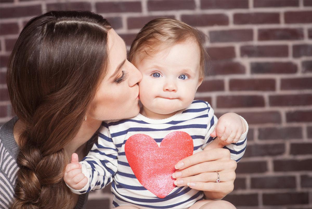 Картинки с мамой и ребенком