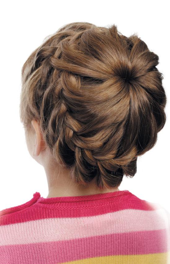 Прически для девочек на 1 сентября: длинные волосы