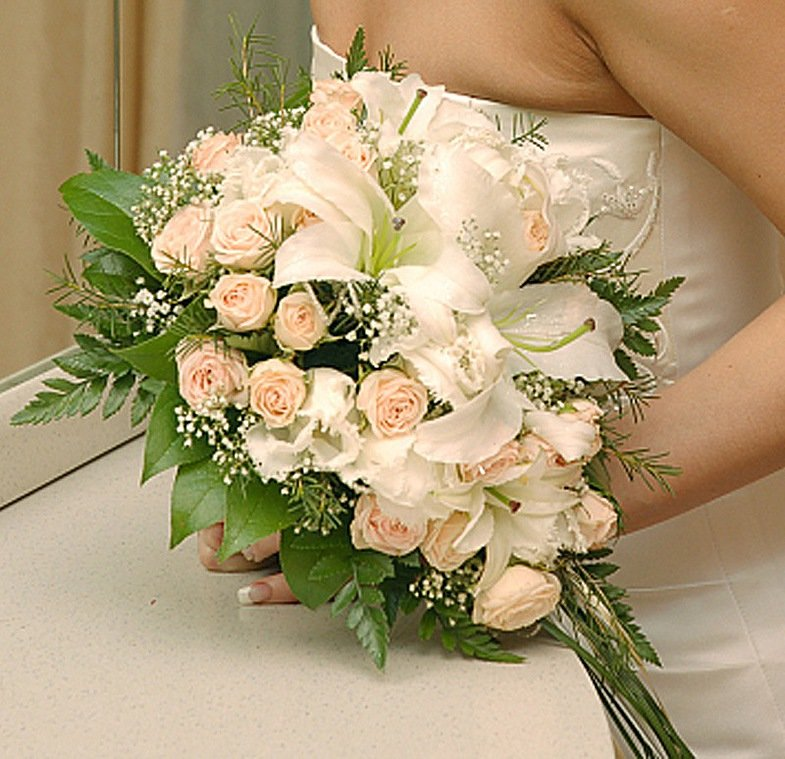 Свадебные букет из чайных роз, цветы питере доставка