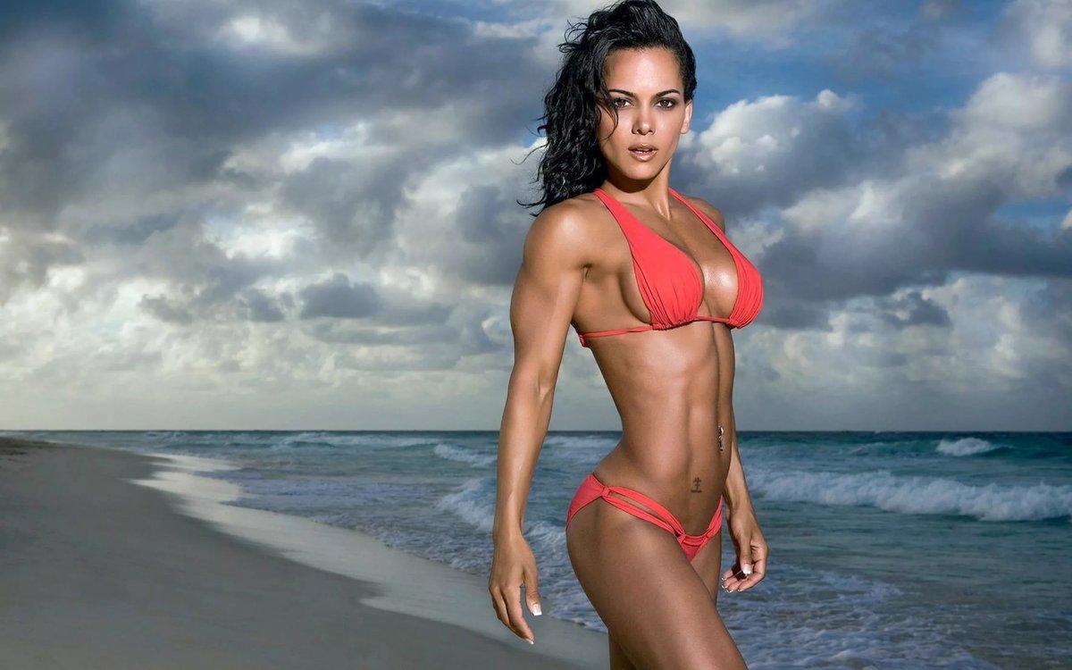 Самые накаченные девушки украины, Как выглядит самая мускулистая девушка в мире 16 фотография