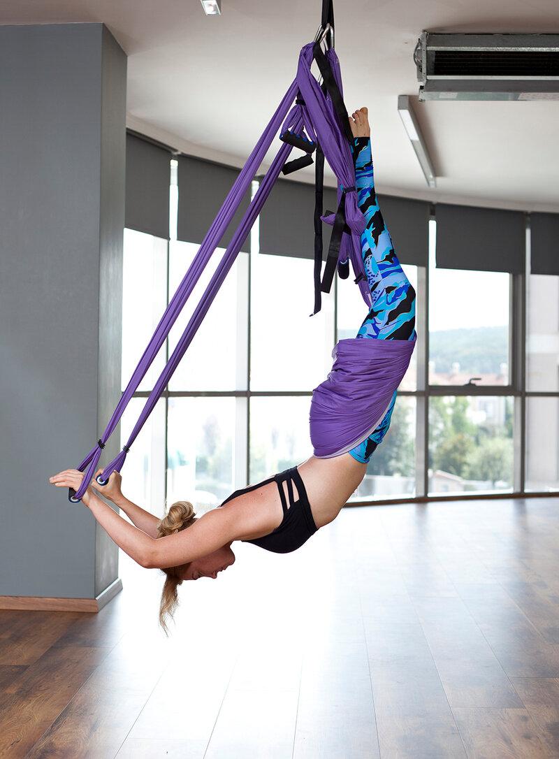 По большому счету йога в гамаках - альтернатива классической йоге.