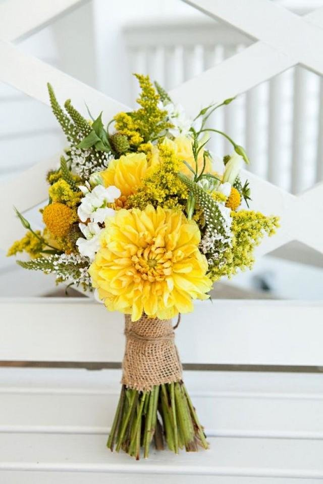 Роз омске, флористика желтый цвет букета