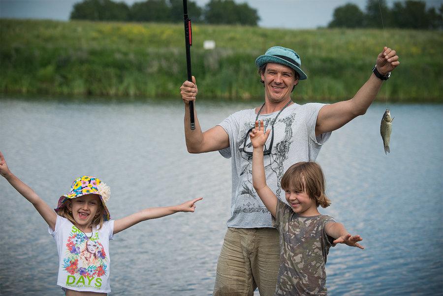 Картинки рыбалки с семьей