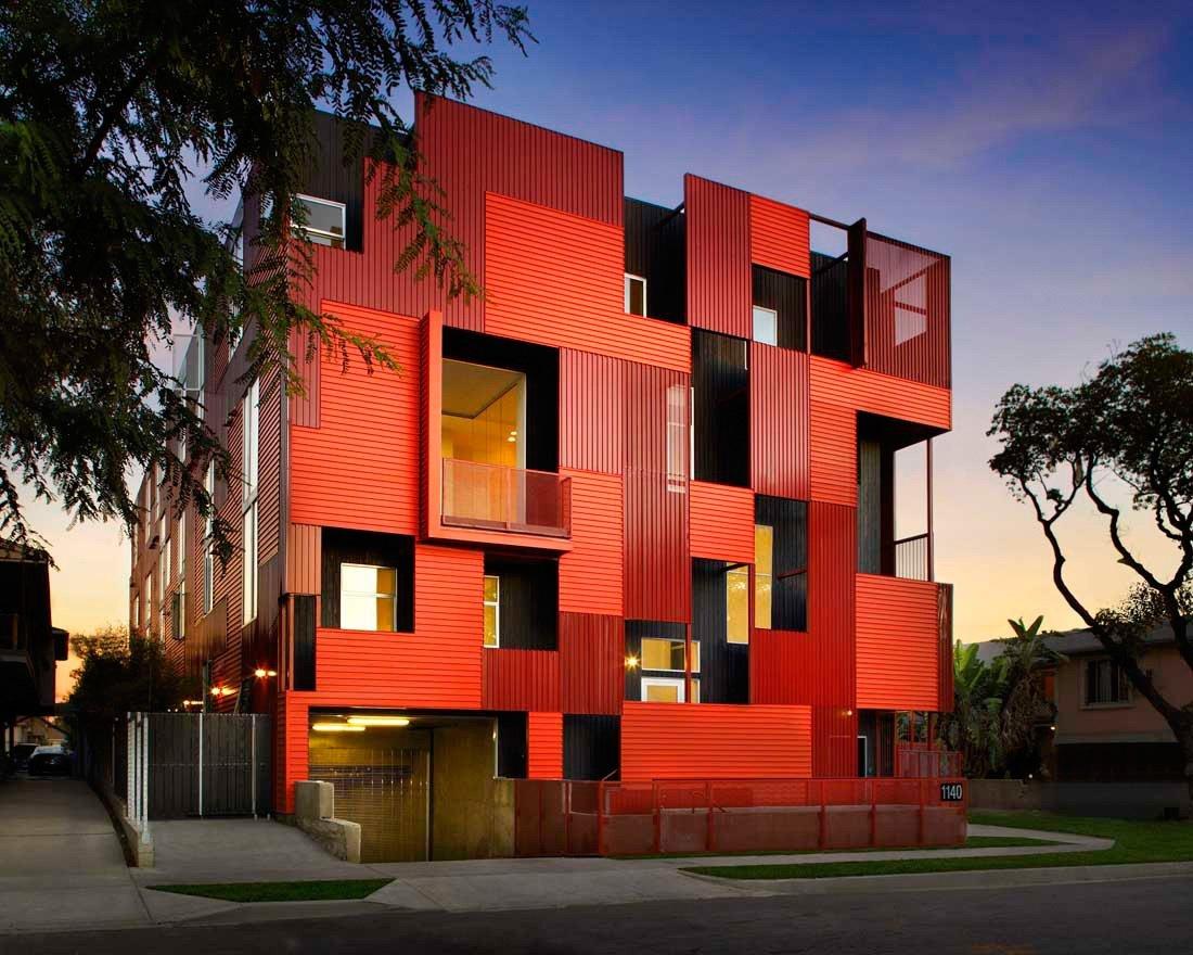 красивые и необычные фасады частного дома фото стального
