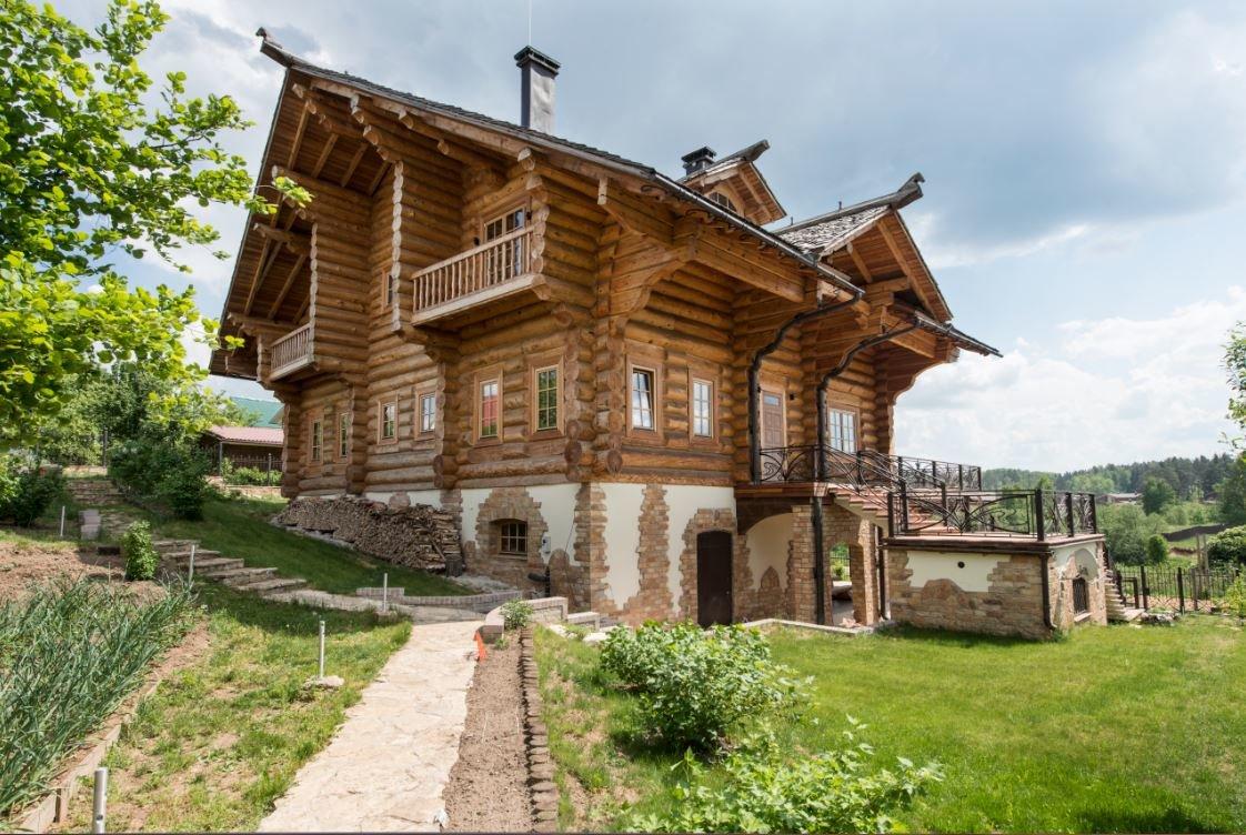 фото русских домов из дерева одном