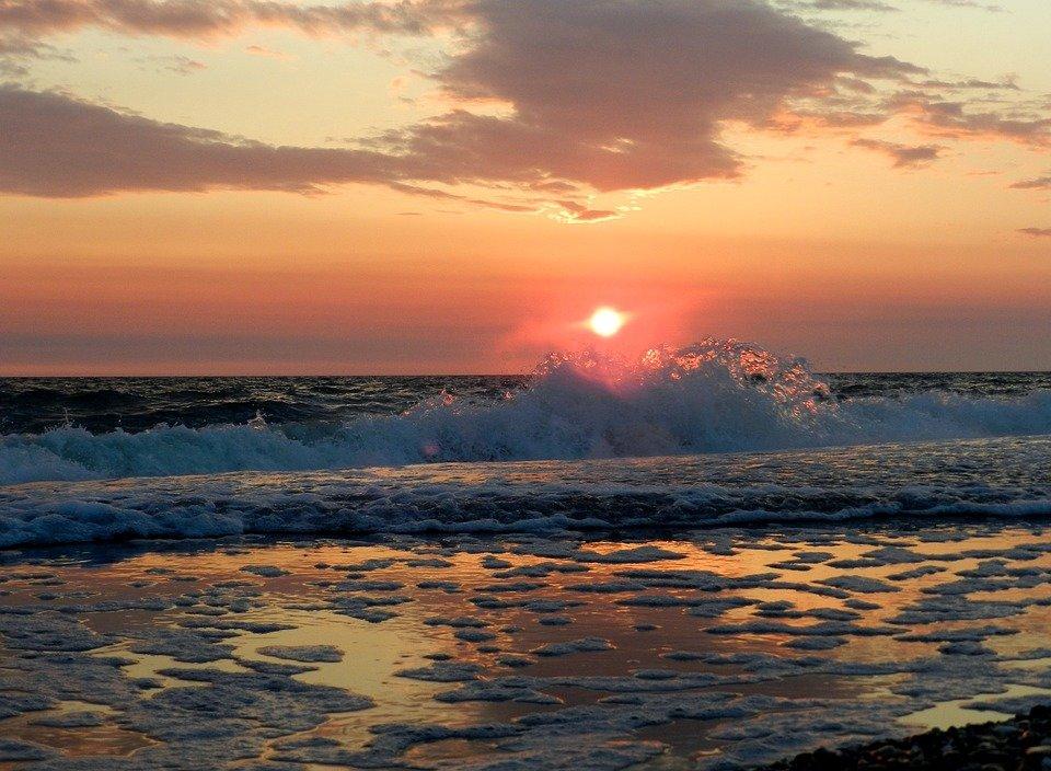 место возле рассвет над морем фото знала, что