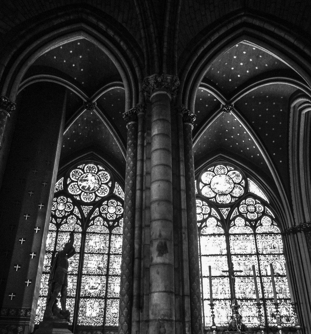 Готическая архитектура Парижа притягивает взор