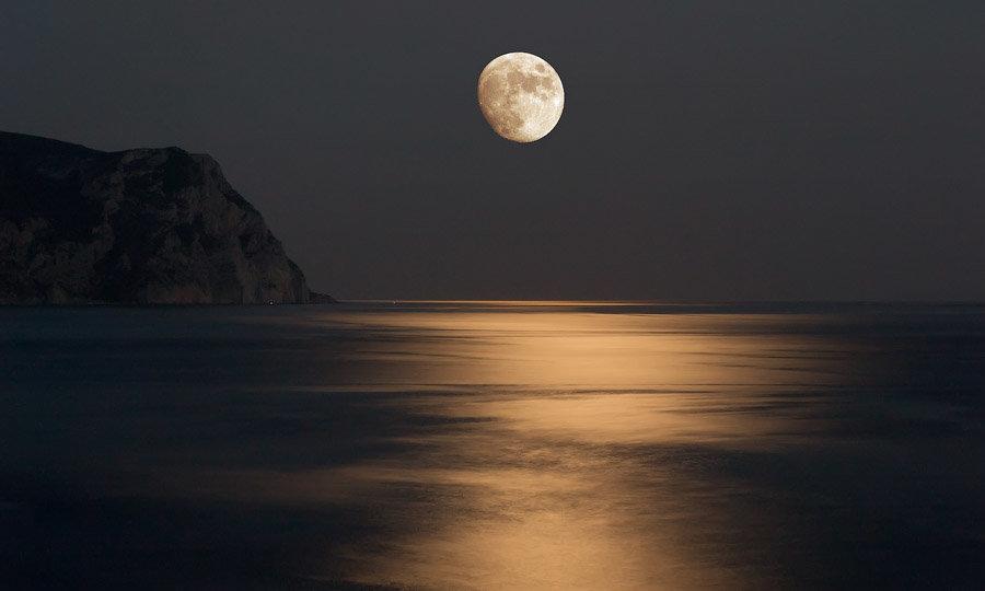 луна и море фото картинки этой
