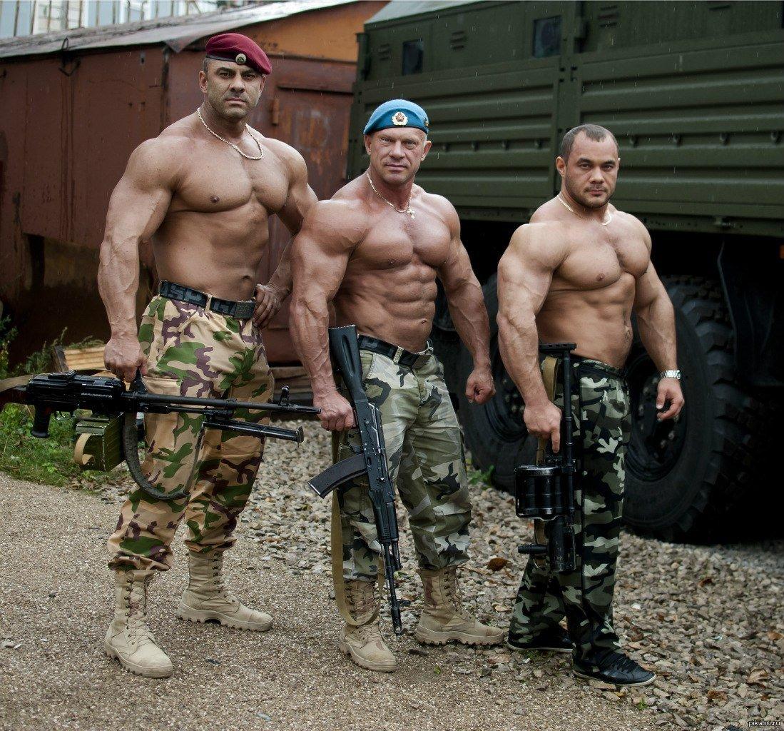 соблазненные тела армейских крепышей онлайн - 11