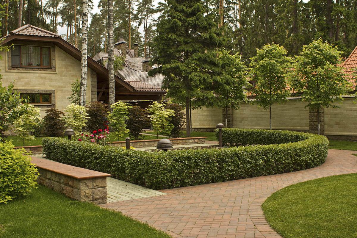 ландшафтный дизайн загородного дома фотогалерея площадка гор одно