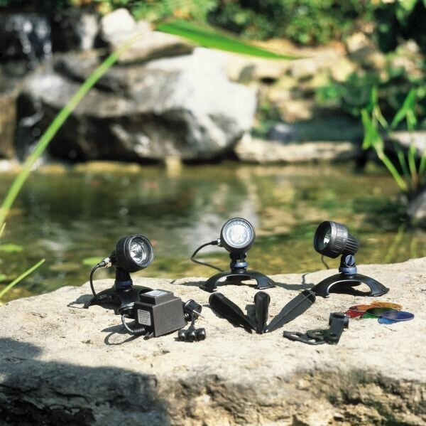 Компания <Лэндкомпани> предлагает товары: подводный светильник,   светильники для сада,  подводная подсветка,  плавающие светильники, подводный светодиодный светильник, подсветка для пруд