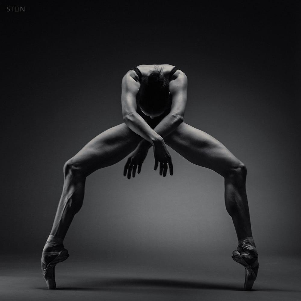 сексуальные движения в танце