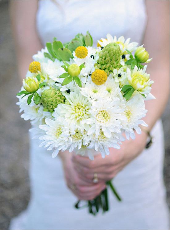 Капоте, свадебный букет круглый из ромашек цена