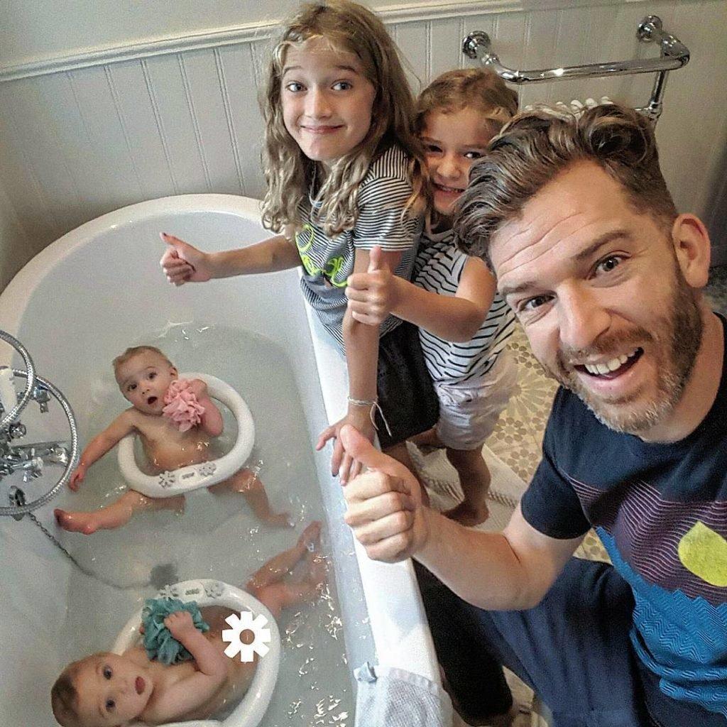 Счастливой семейной жизни картинки прикольные