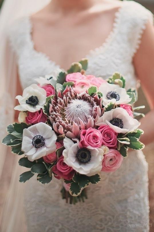 Невесты, редкий букет невесты фотографии