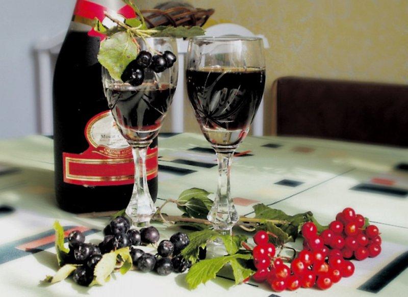 Вино из черноплодки в домашних условиях: простой рецепт 81