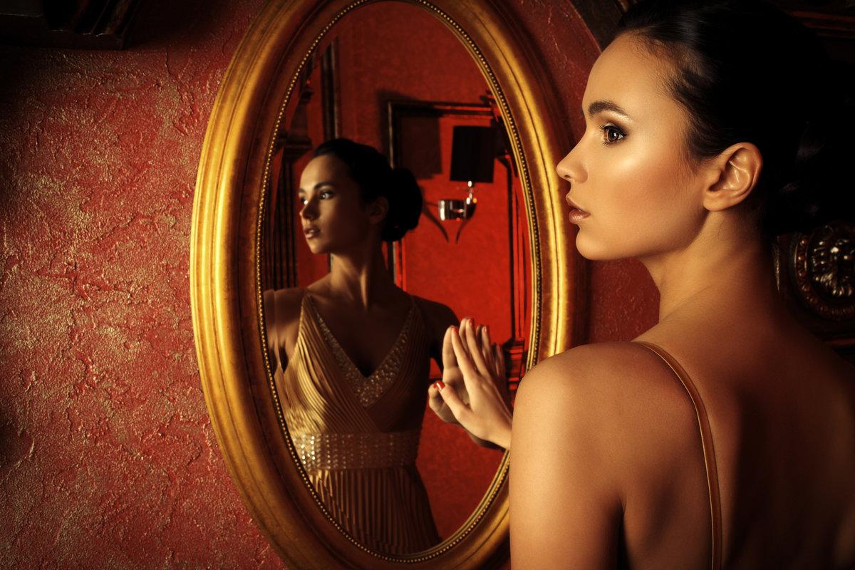 Фото голых девочек перед зеркалом, Девушки у зеркала KyKyRyzO 16 фотография