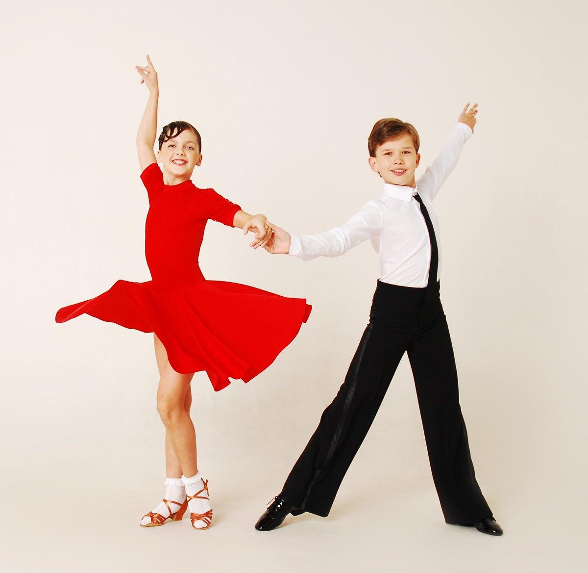 Поздравлениями день, картинки бальные танцы для детей