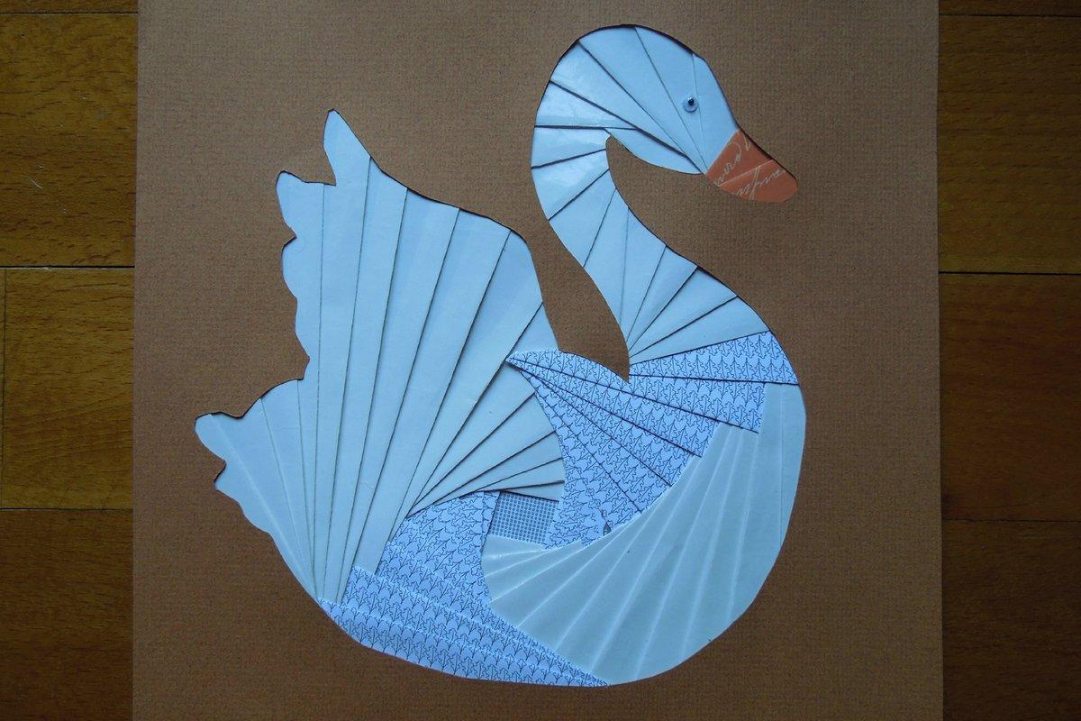 Открытка с лебедем из бумаги