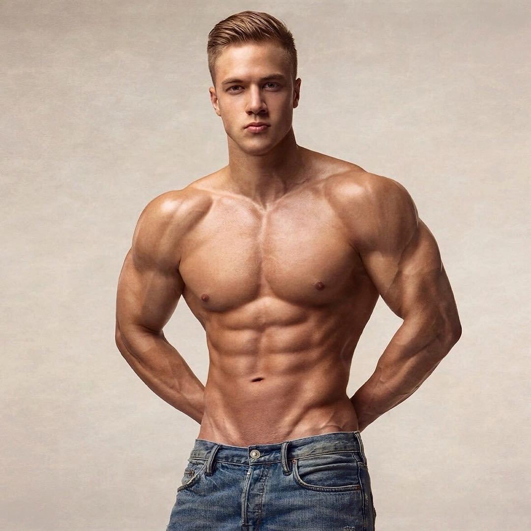 Модели парни мускулистые #8
