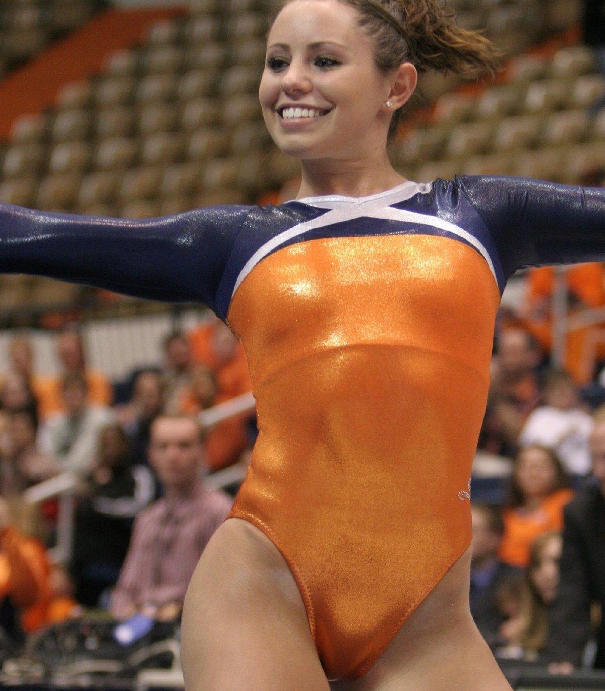 дуру трахнули пикантные фото спортсменок онлайн красивая девушка