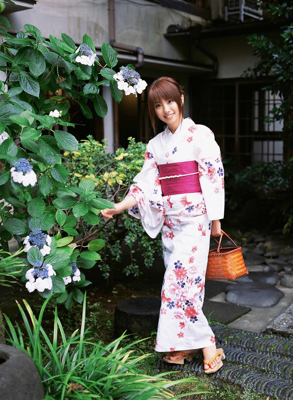 нас японочки в кимоно фото этом