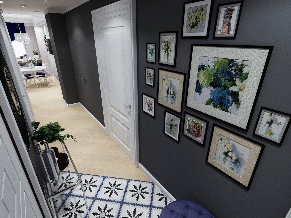 различные постеры в коридоре фото для