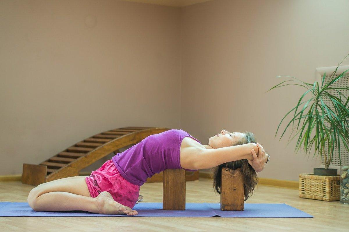 Можно похудеть при помощи йоги айенгара