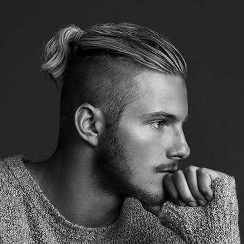 Мужские причёски с длинными волосами и выбритыми висками