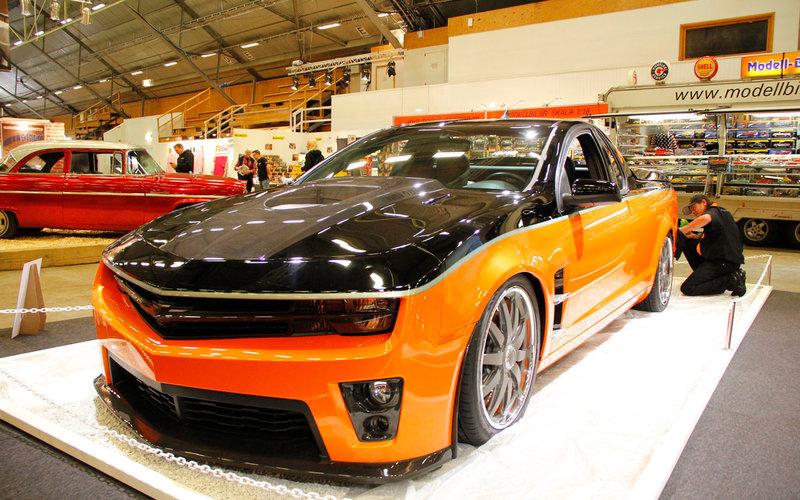Holden 8R Pick-Up (Bernt Karlsson, Kalifornien) признанный лучшим среди изготовленных по индивидуальным проектам автомобилей, представленных на автошоу в 2013 году.