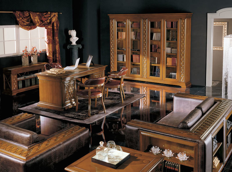 Дизайн домашнего кабинета в классическом стиле.Мебель выполненная из натурального дерева