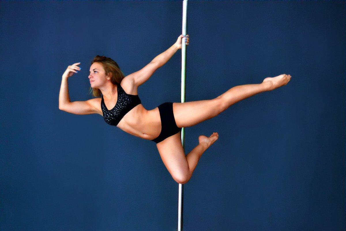 Striptease pole dancers