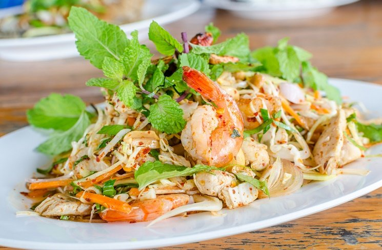4 романтических салата из морепродуктов