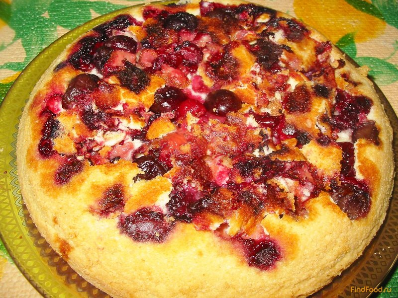 Шарлотка ягодами рецепт фото пошагово