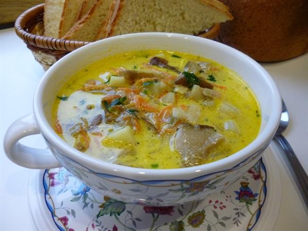 Суп грибной со сметаной