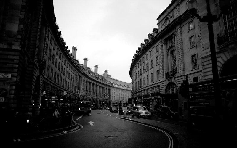 черно белое фото лондон - Light Sun