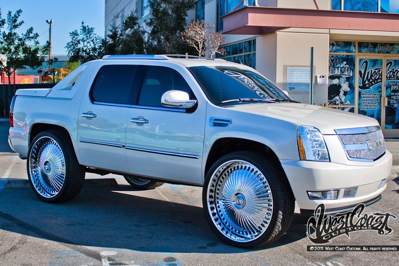 Donked Out Escalade | 9 фотографий