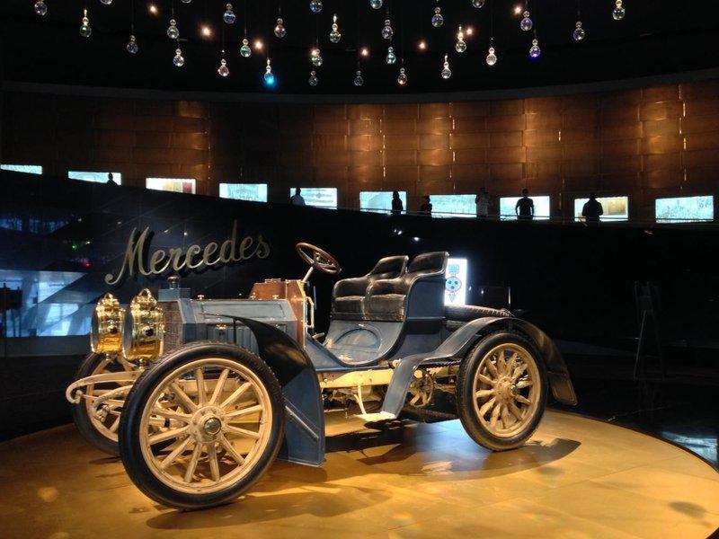 «Грохот и скрежет, визг и гуденье» — топ-5 автомобильных музеев мира