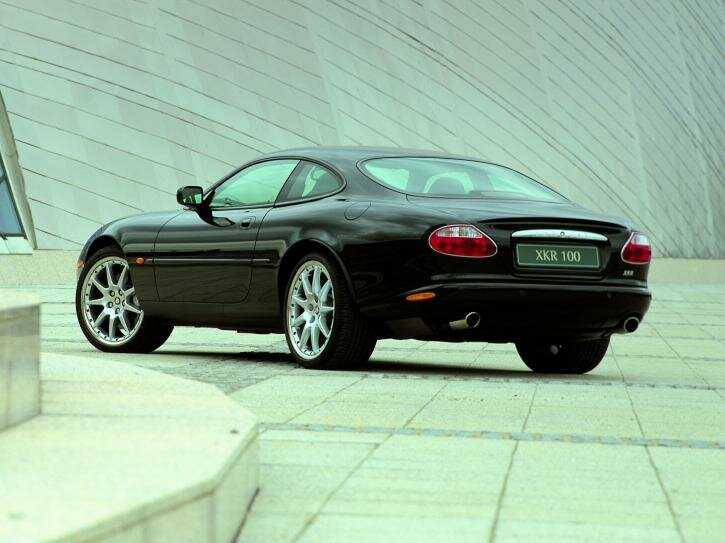 Jaguar XKR 100 Coupe